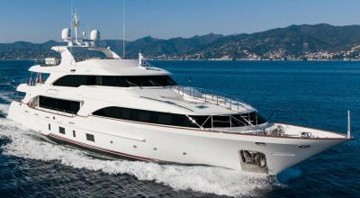 121ft_01in_36.90m_Benetti_Classic_121