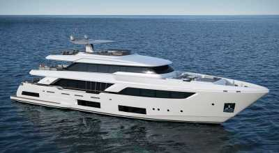 121ft_06in_37.04m_Ferretti_Custom_Line_Navetta_37