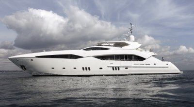 128ft_04in_39.12m_Sunseeker_130_Sport_Yacht