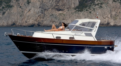 28ft_03in_8.62m_Apreamare_Gozzi_28_Cabin