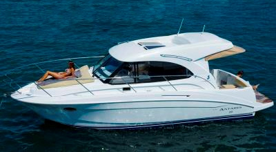 33ft_06in_10.22m_Beneteau_Antares_30S
