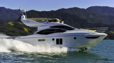 42ft_01in_12.84m_Azimut_Brazilian_42