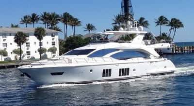 84ft_03in_25.69m_Azimut_Flybridge_84