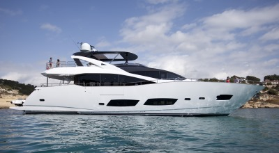 92ft_04in_28.15m_Sunseeker_28_Metre_Yacht