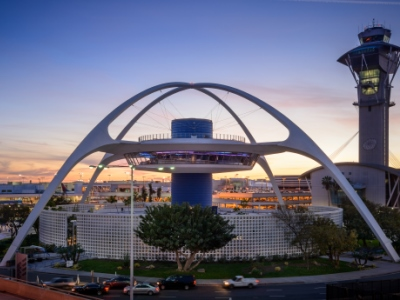 1961_LAX_Theme_Building