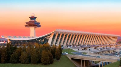 1963_Dulles_International_Airport