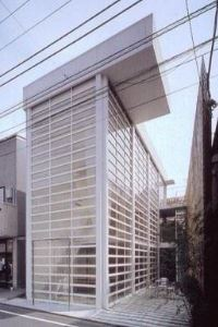 2003_Glass_Shutter_House