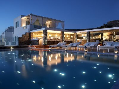 greece_mykonos_bill_and_coo_suites_and_lounge