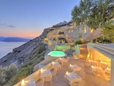 greece_santorini_mystique