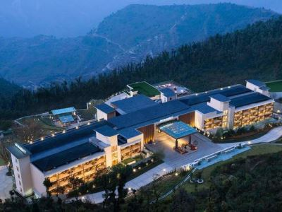 india_mussoorie_jw_marriott_walnut_grove