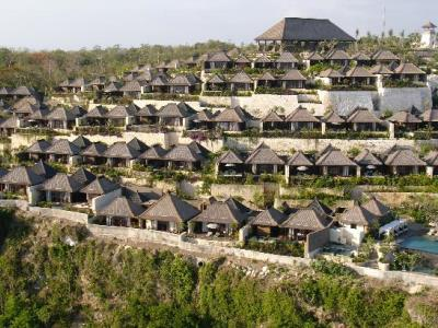 indonesia_uluwatu_bulgari
