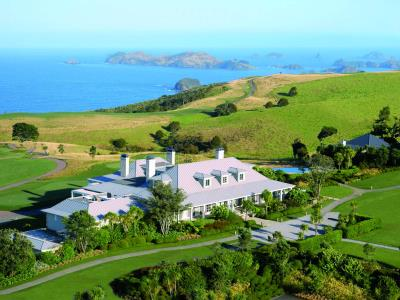 new_zealand_matauri_bay_lodge_at_kauri_cliffs