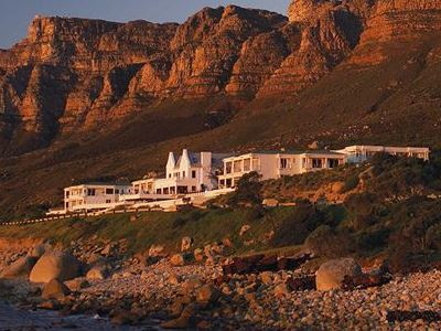 south_africa_camps_bay_twelve_apostles