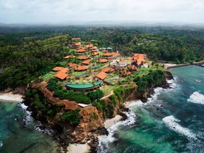 sri_lanka_weligama_cape