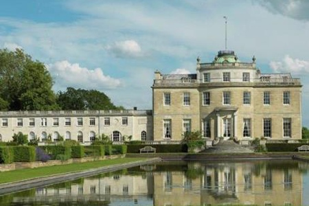 UK Berkshire Newport Pagnell Tyringham Hall