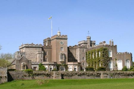 UK Devon Exeter Powderham Castle