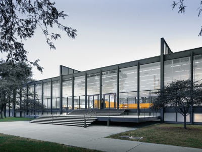 1956_S.R. Crown Hall Illinois Institute of Technology Chicago IL USA Mies van der Rohe