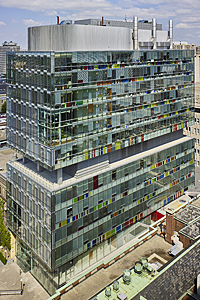 2005_Terrence Donnelly Centre Toronto Canada Behnisch Architekten