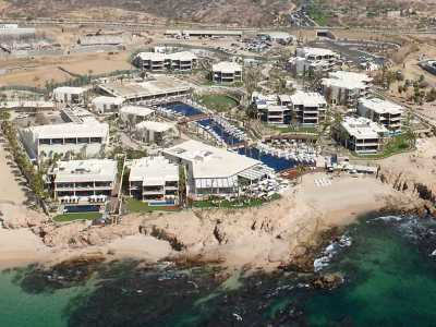 Mexico_Cabo_San_Lucas_Chileno_Bay